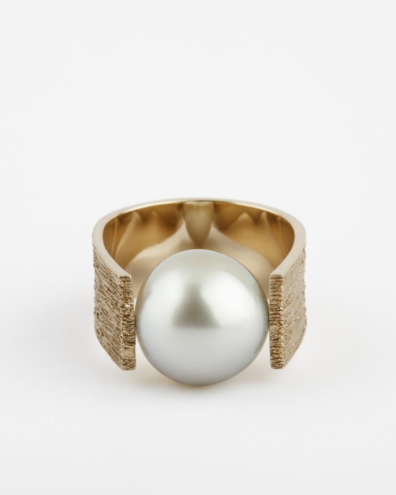 Dina kamal - Pearl Pinky Ring.jpg header