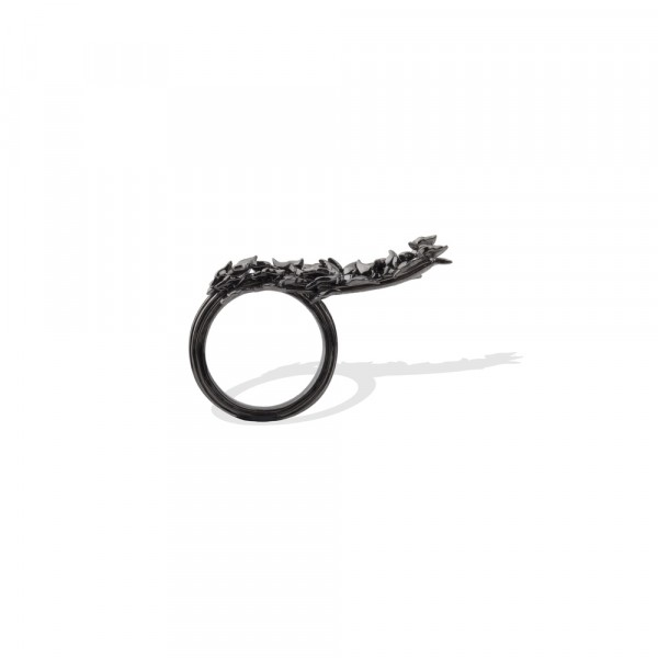 Dystopia Ring – Black by Completedworks