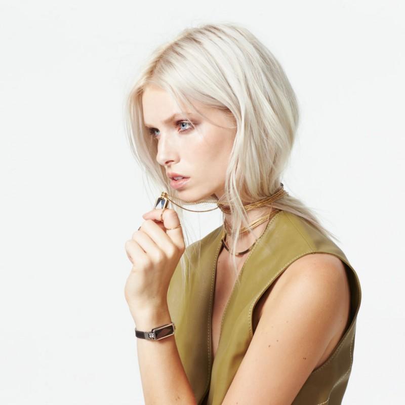 la_maison_couture_altruis_wearble_technology_vinaya