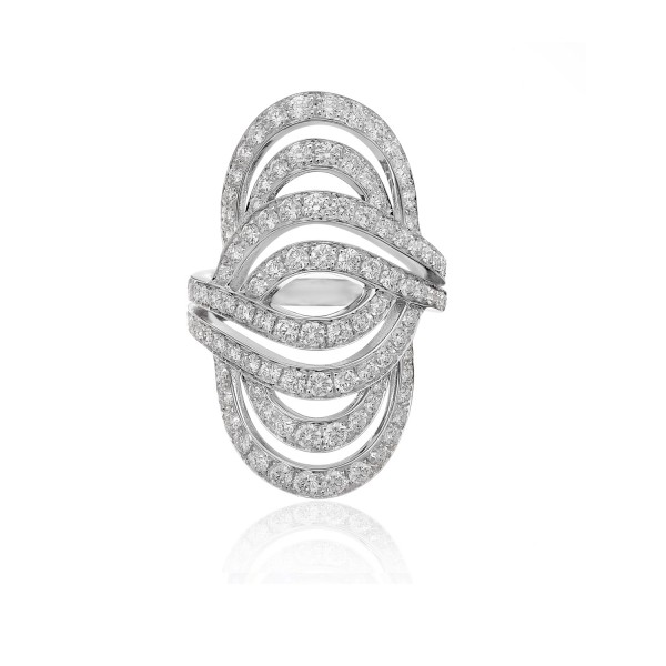 Infinitas Ring with Diamonds