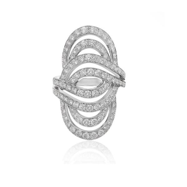 Infinitas Ring with Diamonds