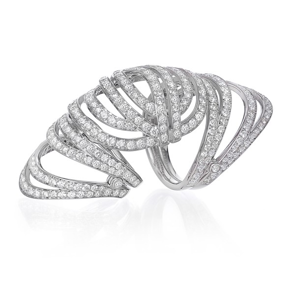 Infinitas Long Ring with Diamonds