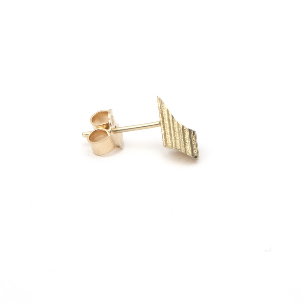 Pillar Stud Earring (Single) by Completedworks