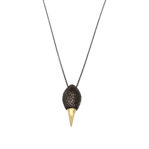 Hades Necklace in Black and Gold by NIOMO