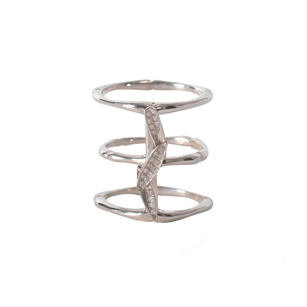 Bamboo Leaves Ring in White Gold by Vara Of London