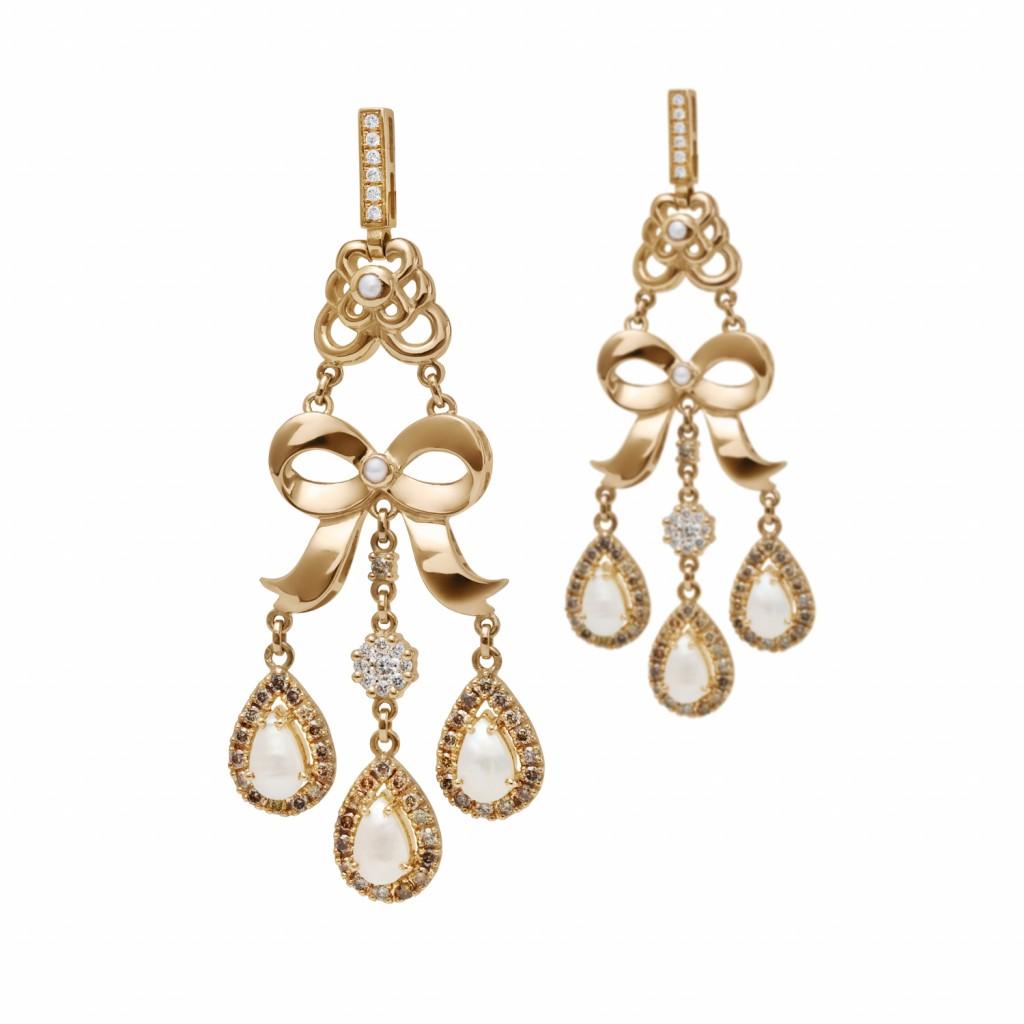 Bow Earrings by Azza Fahmy