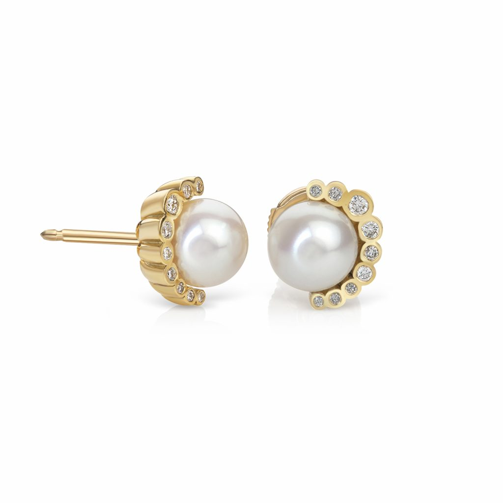 Aditi Pearl Earrings