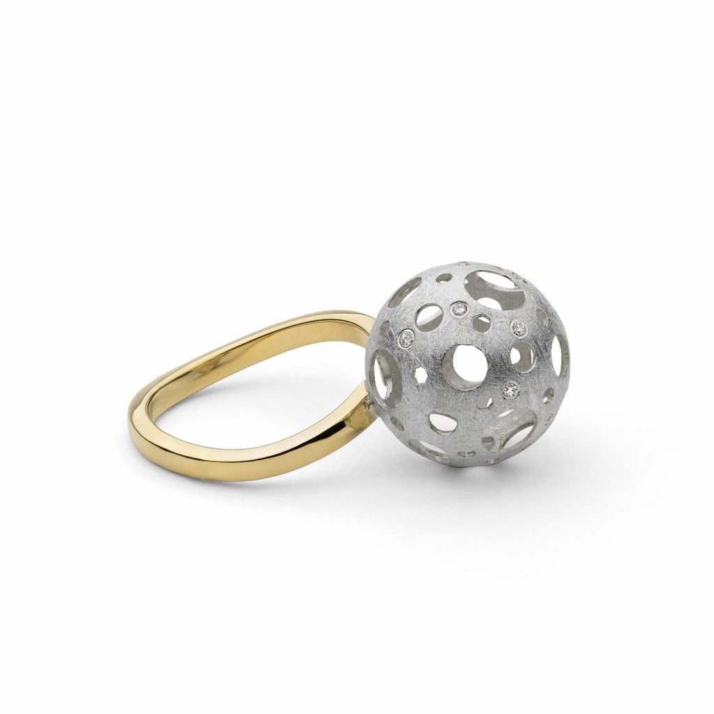 Full Moon Ring by Muscari