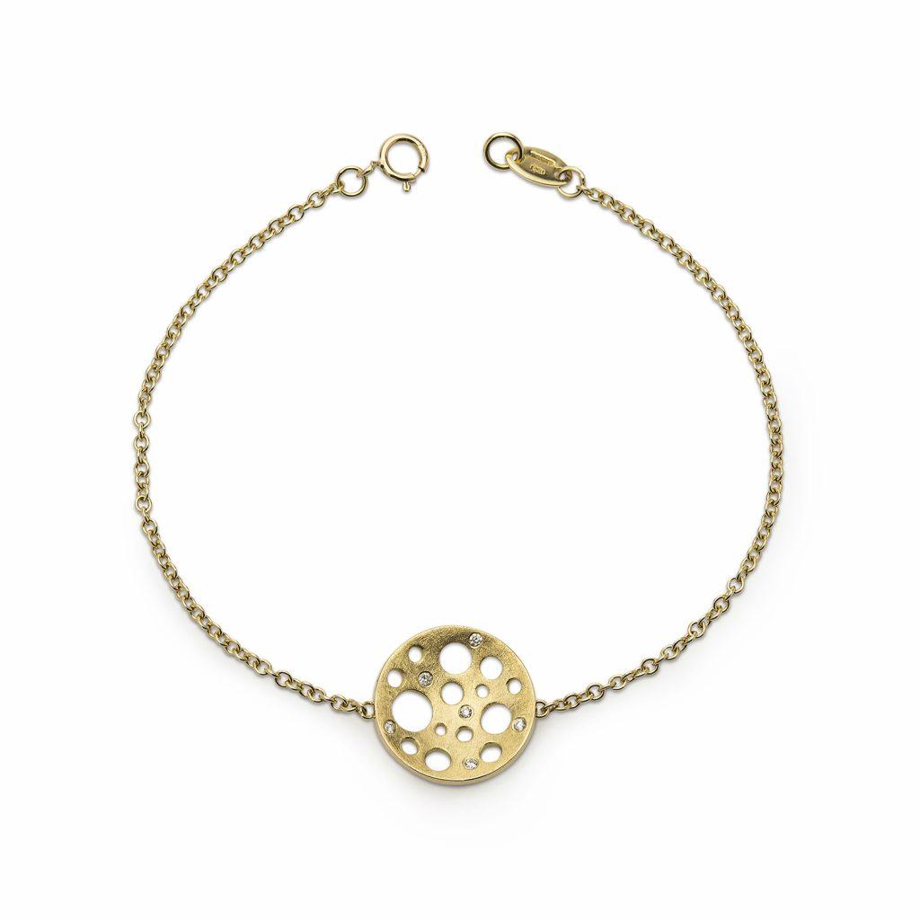 Golden Round Bracelet by Muscari
