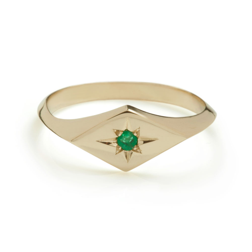 Kite Signet Ring – Emerald by Ellie Air