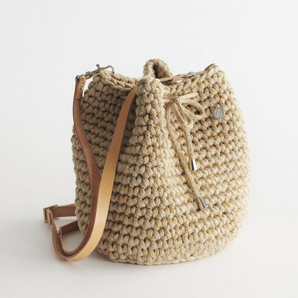 Handmade Bucket Bag – Straw by Iota