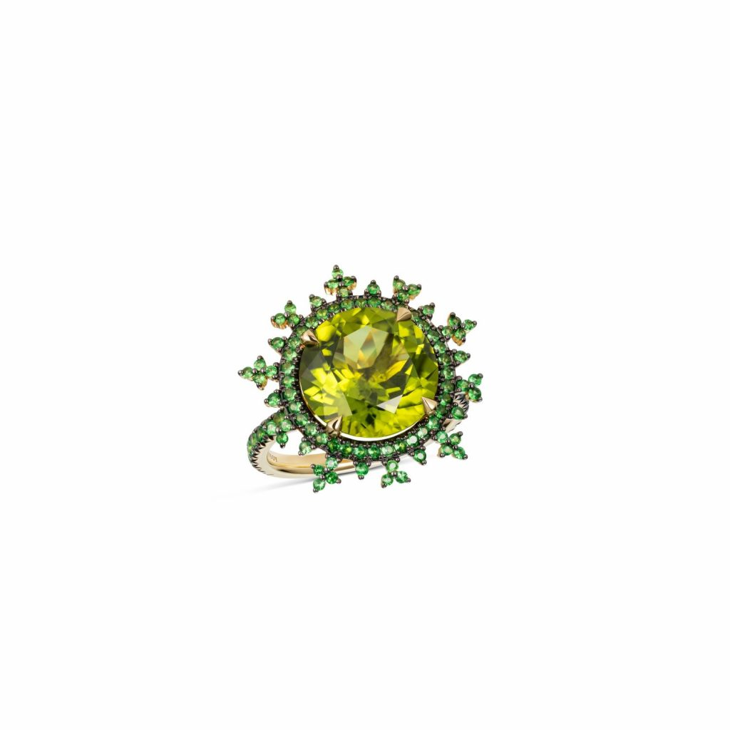 Tsarina Apple Flake Ring by Nadine Aysoy