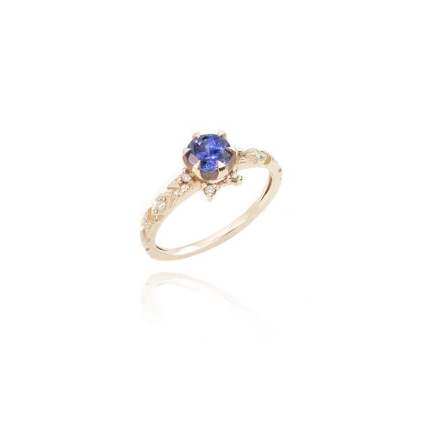 Delicacy Ring with Baby Tanzanite by Mocielli