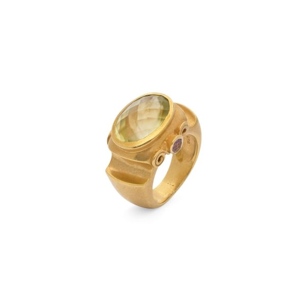 Jaipur Antique Ring by Donatella Balsamo