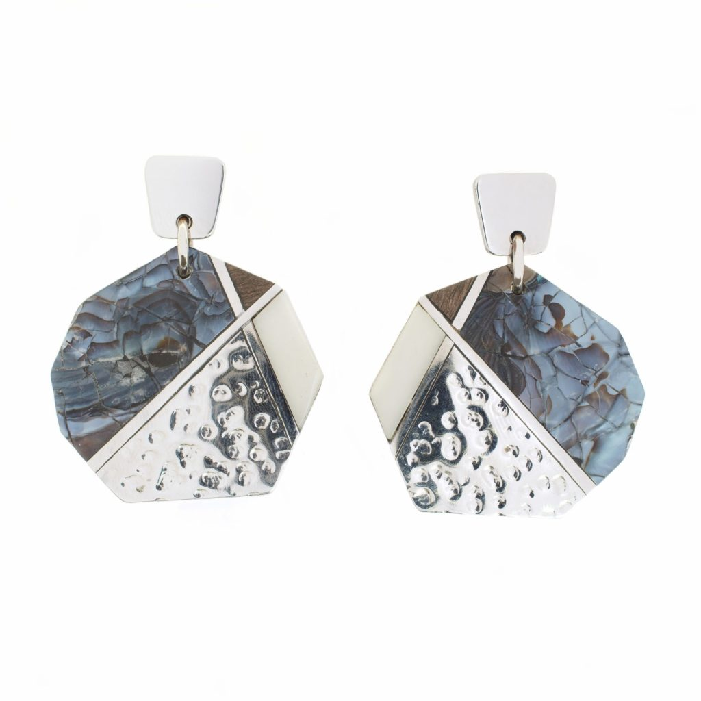 Ikigai Pendant Round Earrings by NIIN