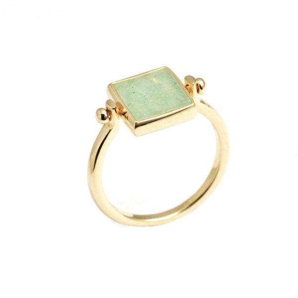 Vida Cube Flip Ring by NIIN