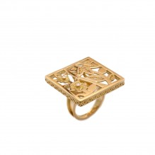Square Ring with Diamonds